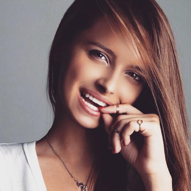 Голенькая Каролина Севастьянова показывает всю себя на Starsru.ru